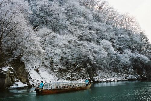 コピー ~ こたつ舟と冬景色